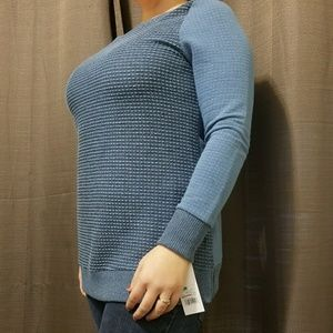 Liz lange maternity blue leisure top size medium